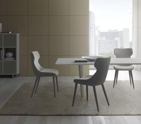 Stoli & fotelji